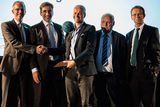 "Virgin-Atlantic-Director nimmt ""Innovations Award"" in Empfang"